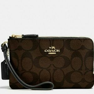 🌺(NEW WITH TAGS)●COACH Double Zip Wristlet🌺🌺